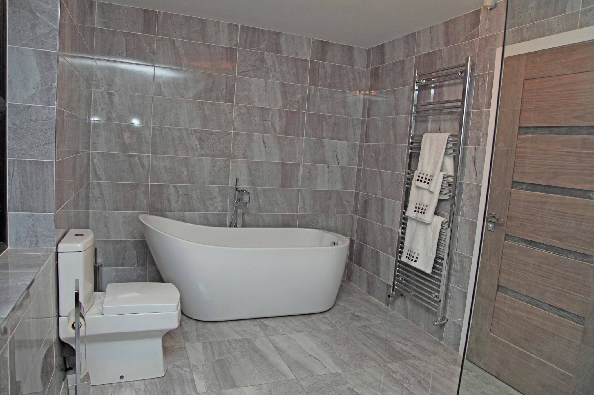 Book of bathroom tiles uk sale in germany by mia for Bathroom design blackpool